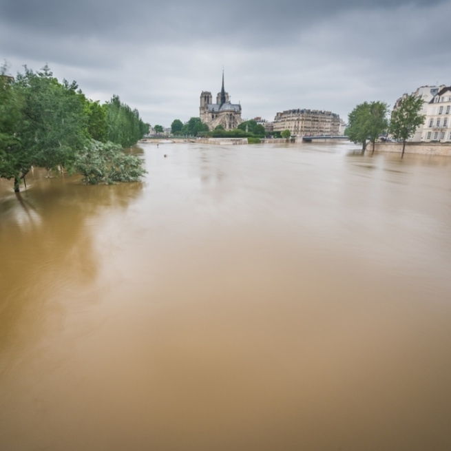 paris floods 690x690